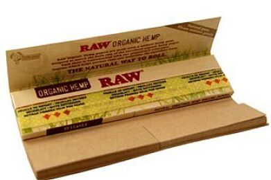 Raw King-Sized Rolling Papers with Tips