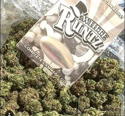 White Runtz Marijuana, Order Weed Online From Sticky Thumb Delivery